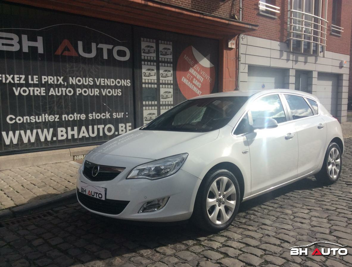Opel Astra 1.4 Turbo 140 Cosmo